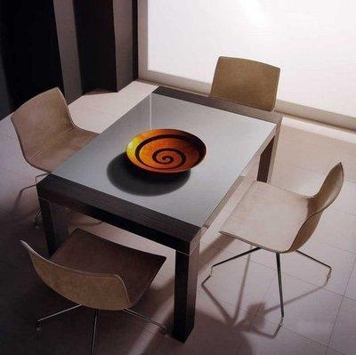 Mesa comedor Luarca, tapa cristal